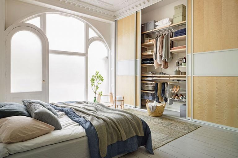 elfa Schranksystem im Schlafzimmer